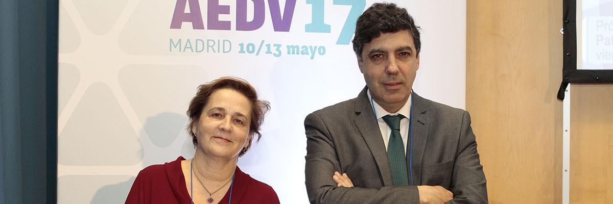 Coordinadores de la mesa. Drs. Teresa Puerta y Pedro F. Herranz.